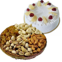 500 gm Pineapple Cake with 500 gm Mixed Dry Fruits