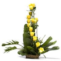 Yellow Roses Basket 15 Flowers