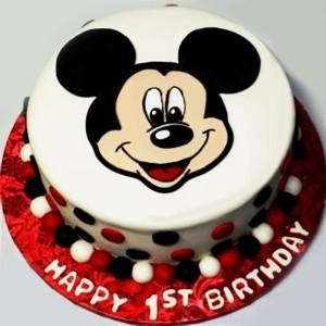 1 Kg Vanilla Fondant Cake (As per image)