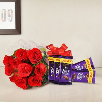 8 Red Roses 6 Chocolate Combo