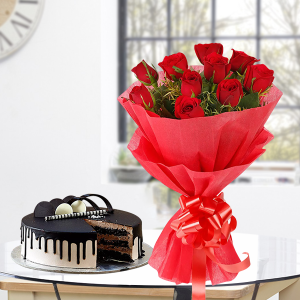 Bunch of Ten Red Roses with Half Kg Chocolate Cake