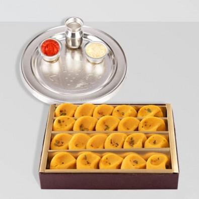 Gift of Haldirams Kesaria Pedas
