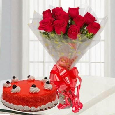 Red Velvet Cake with Roses