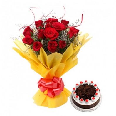 12 Red Roses Wrapped In Paper With Blackforest Cake