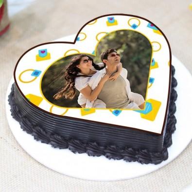 1 kg Truffle Heart Shape Photo Cake