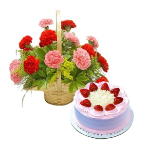 12 mix carnation Bunch -half kg strwaberry cake