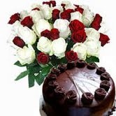 18 red n white rose bunch with 1 kg chooclate cake