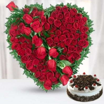 100 Red Roses with 12 Kg Black Forest Cake