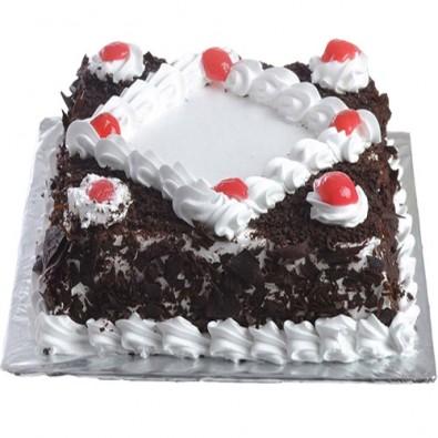 500 gms Blackforest square shape cake