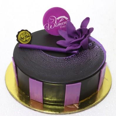 500 gms Love Black Currant Cake