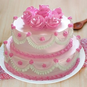 2 Kg Two Tier Strawberry Cake