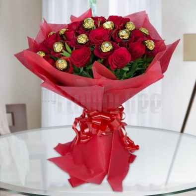10 Red Roses with 16 Pcs Ferrero Rocher