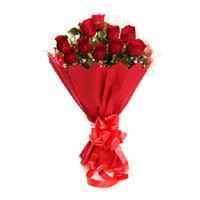 Red Rose Bouquet in Crepe 10 Flowers
