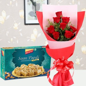8 Red Rose with Sweet Combo