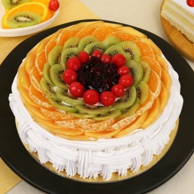 lovely 500 gms Fruit Cake