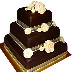 3 Tier Chocolate cake of 4 Kg (On Two Days Prior Order)