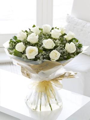 Beautiful 12 White Rose