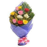 Mixed Roses Bouquet in Crepe 10 Flowers