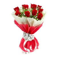 Red Rose Bouquet in Crepe 12 Flowers