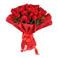 Red Rose Bouquet in Crepe 50 Flowers