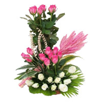 White Pink Roses Basket 30 Flowers